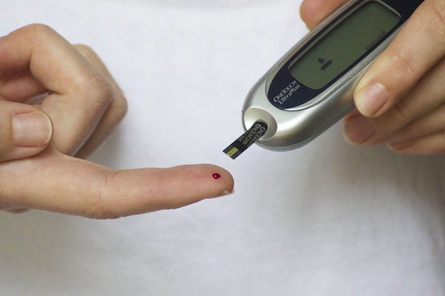 Blood glucometer used for RPM